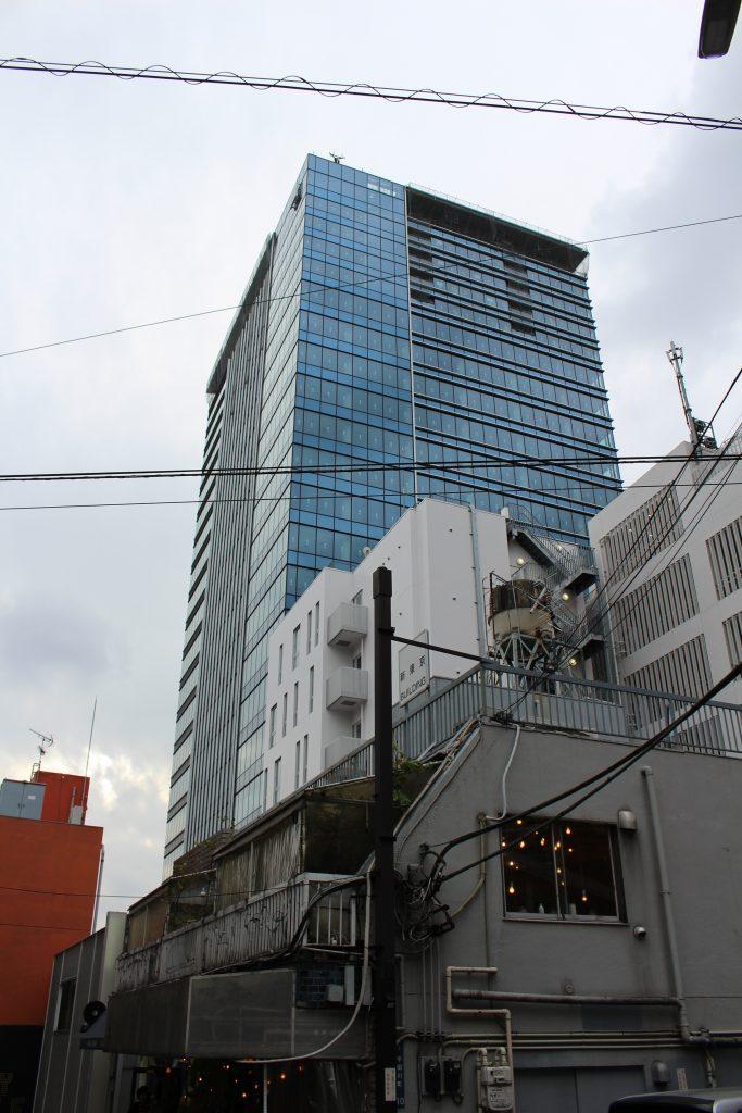 建設中のアベマタワーズ2