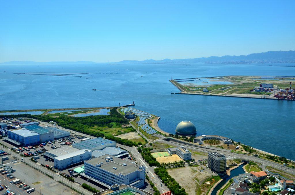 大阪メトロ中央線が延伸される夢洲と咲洲の風景写真