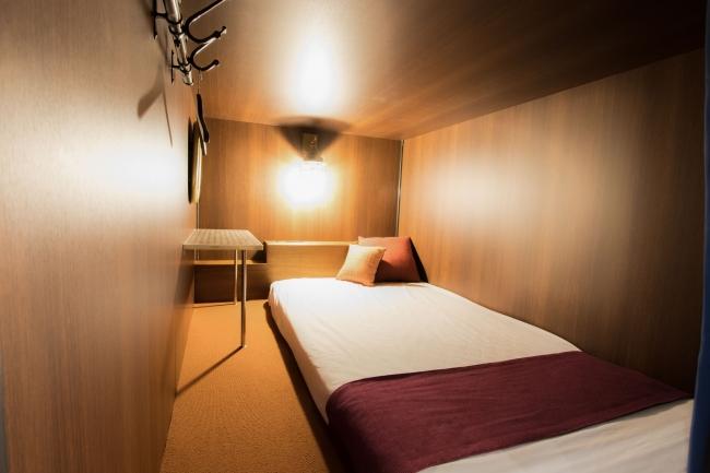 ハレタビトラベラーズヨコハマのレディースフロア寝台空間内の写真