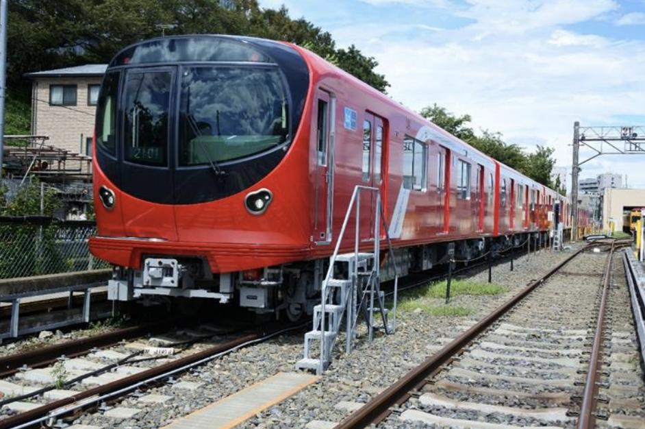 丸ノ内線が方南町駅まで直通運転へ。丸ノ内線2000系車両の写真