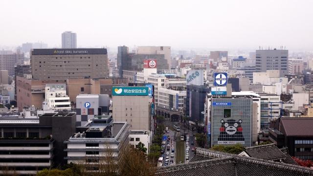 建て替え予定の熊本パルコを含む熊本市中心街の風景