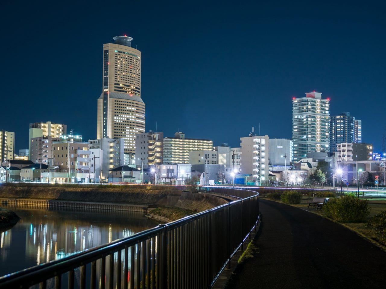 浜松市の市街地の夜景