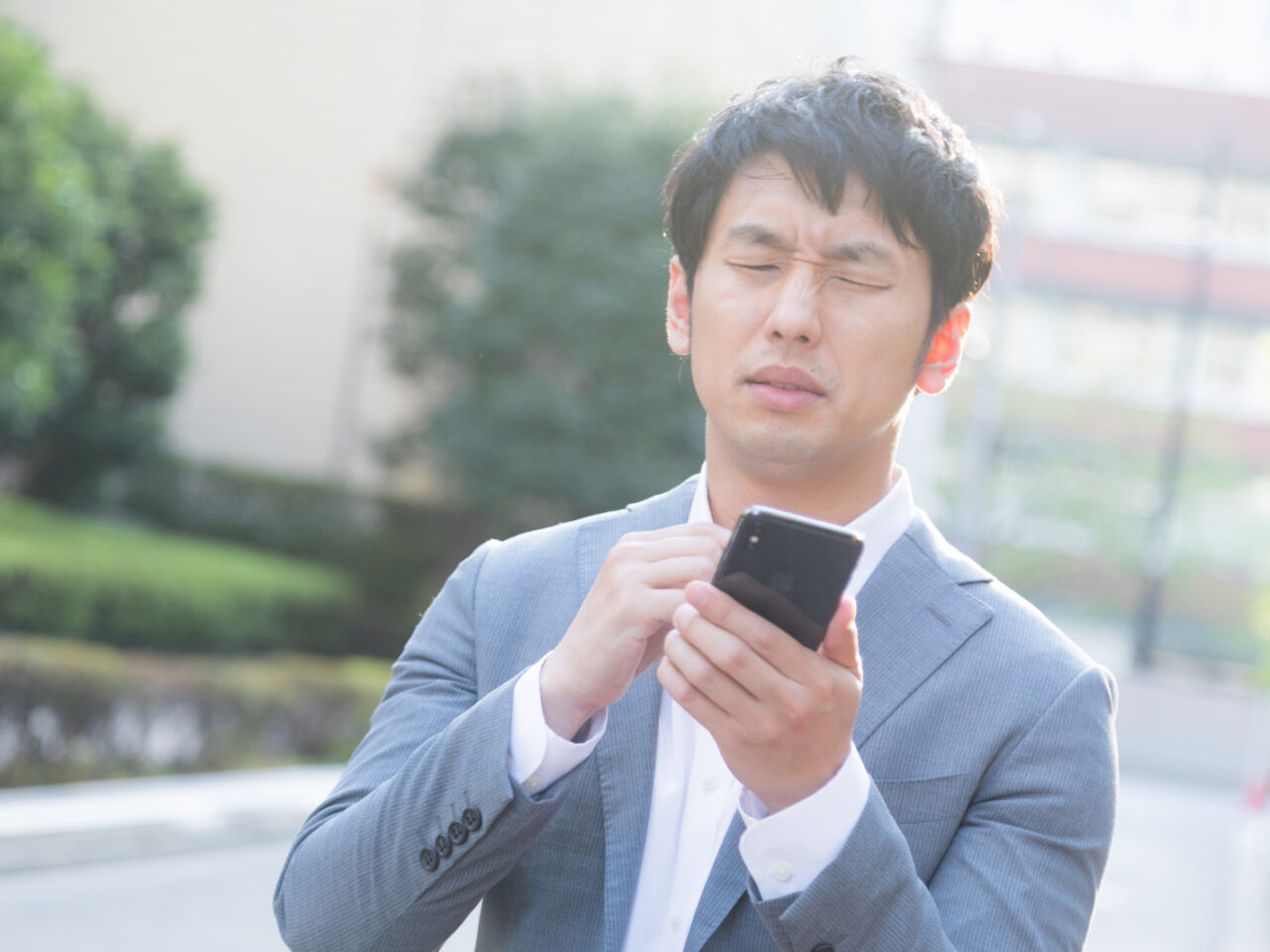 iPhoneのiCloudメールに料金はかかる?送受信や基本料金などはある?のサムネイル画像